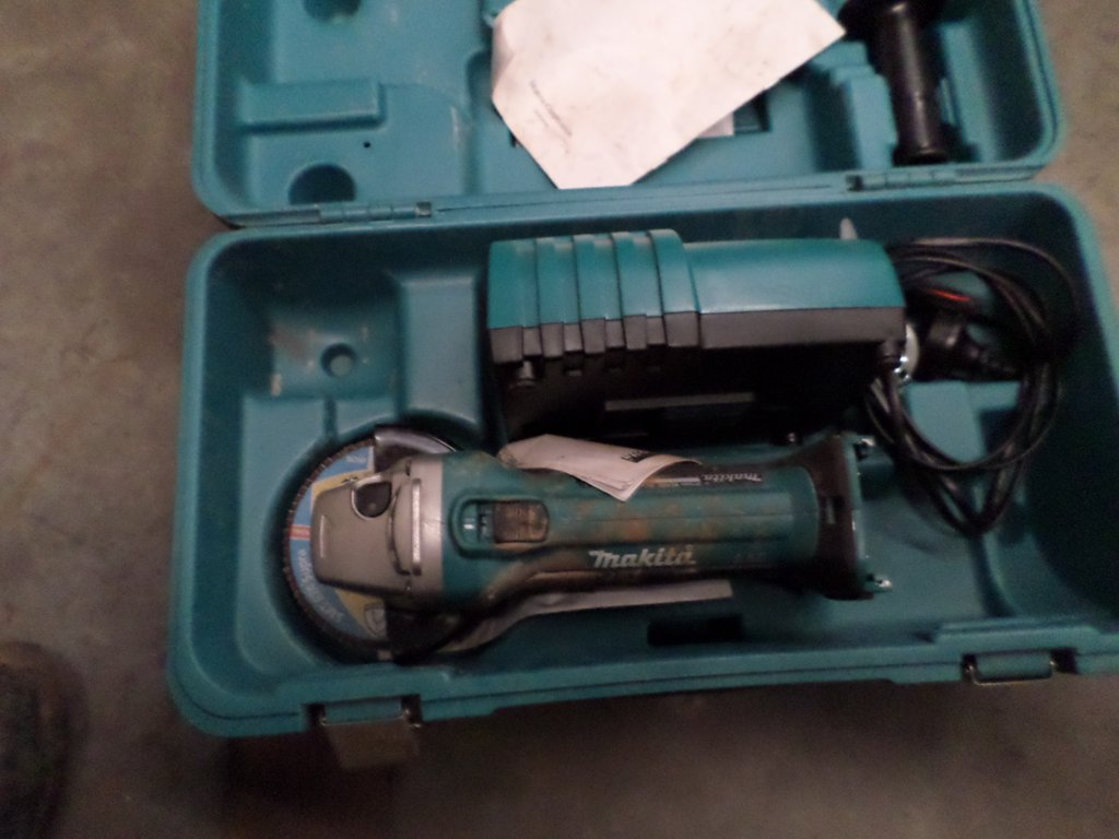 Allowance for makita power tools for Allotment tools for sale