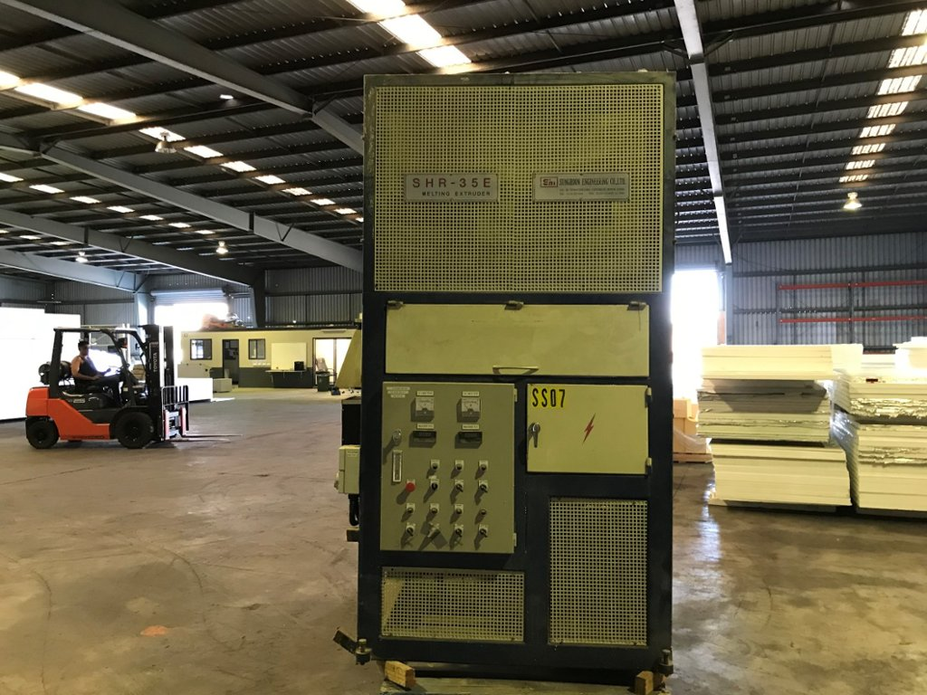 Sung Hoon Engineering Extrusion Machine
